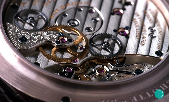 Another look at the superbly finished movement.