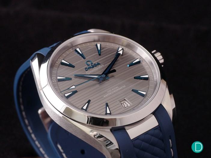 Omega Seamaster Aqua Terra Master Chronometer oblique view