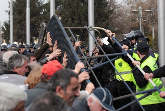 Protesti u Skoplju_februar 2014/Foto:AA