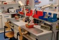 Equipamiento para laboratorio de prótesis y ortodoncia