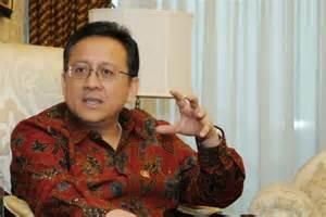 Irman Gusman Ketua DPD RI kesandung suap.