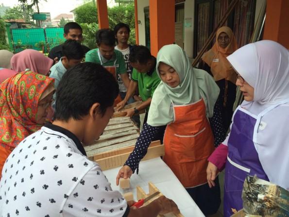 Sebanyak 50 pelaku industri kecil menengah mengikuti pelatihan tentang GMP di Depok.