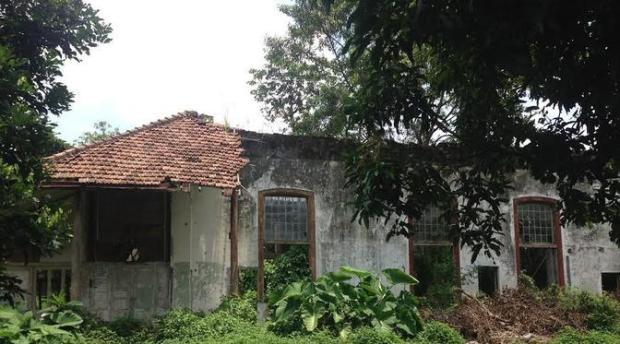 Rumah Jenderal VOC di Sukmajaya sudah hancur.