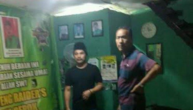 Pos Gardu FBR di kawasan Parung-Ciputat dirusak sekelompok pemuda.