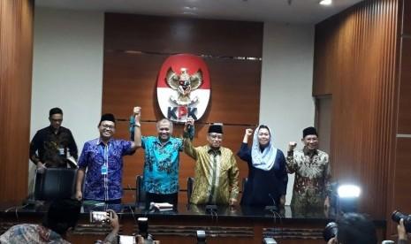 Pengurus NU memberikan dukungan kepada KPK.