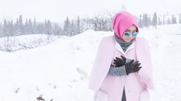 Anniesa Hasibuan ketika liburan di Alaska.