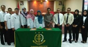 DPPKA Kota Depok meneken MoU dengan Kejaksanaan Negeri Depok untuk membantu masalah hukum dan mengejar wajin pajak nakal.