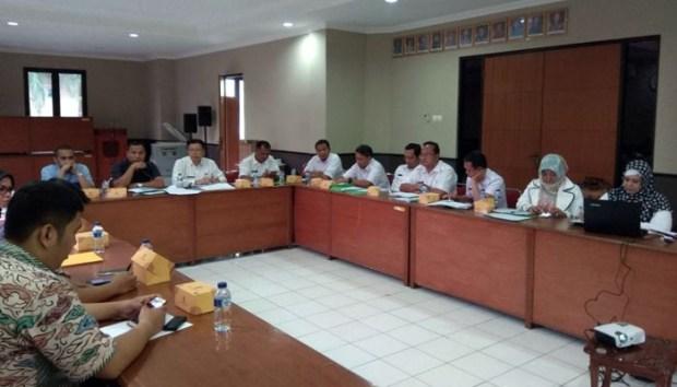 Dinas PUPR Kota Depok melakukan rapat koordinasi dengan tim Kejaksaan Negeri Kota Depok.