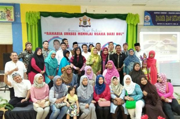 Sebagian peserta seminar kiat sukses usaha dari nol yang diselenggarakan Kadin Kota Depok.