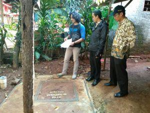 Disrumkim Kota Depok membangun ratusan septic tank bagi keluarga prasejahtera.