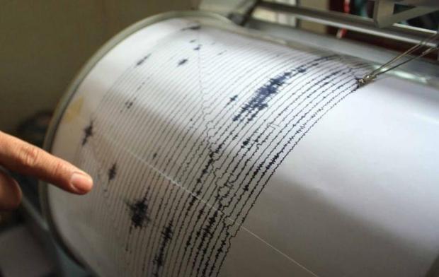 FMIPA UI akan terus memasang alata detekai dini gempa bumi di sejumlah wilayah.