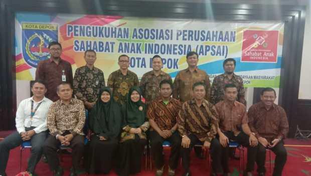 Ini sebagian pengurus APSAI Kota Depok yang dikukuhkan Ketua Umum APSAI Pusat Luhur Budijarso.