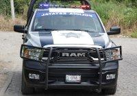 Policías estatales detienen a sujetos con droga