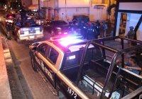 Arrestan policías estatales a sujetos con armas y droga