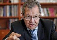 Muñoz Ledo pide buscar alternativas y no recortar sueldos o aguinaldos