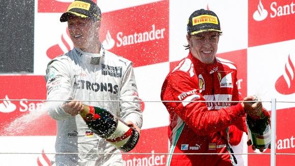 Tras su vuelta a la competición, Schumacher tan sólo subió una vez al podio en tres temporadas.