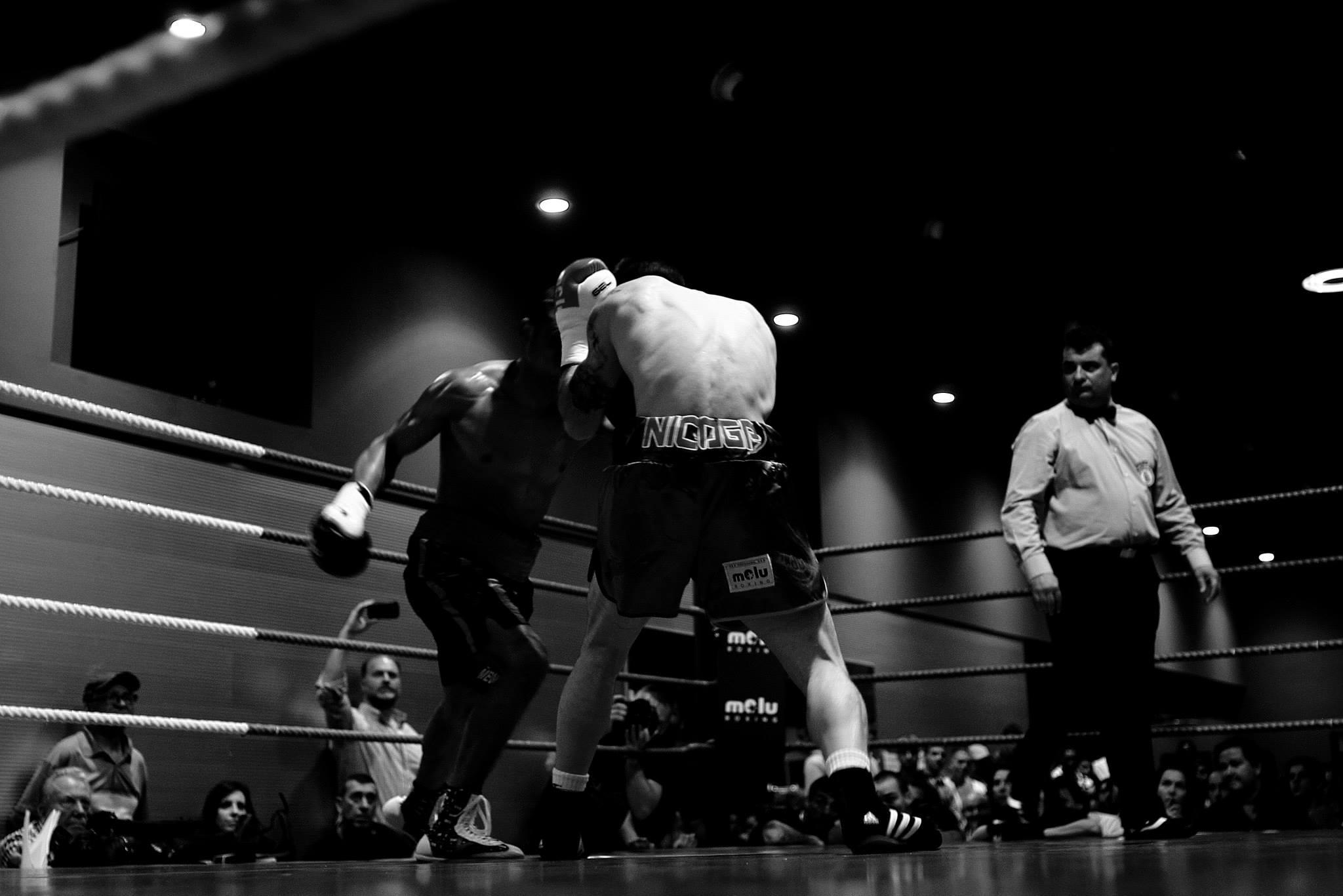El boxeo y la lucha son deporte nacional en una quincena de países.