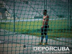 Roberto Janet- lanzamiento del martillo -Cuba_Rio_Deporcuba (2)