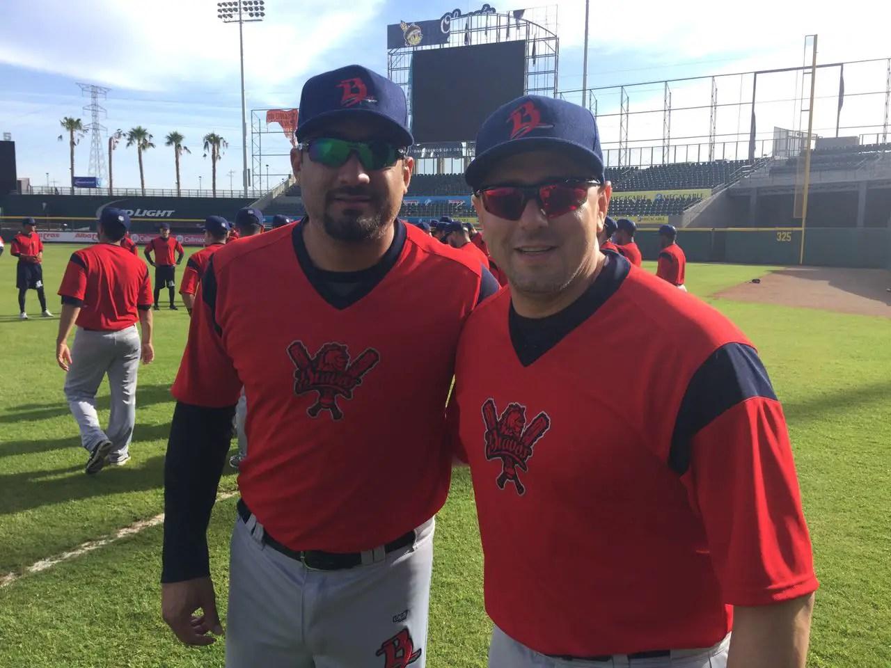 Adán Muñoz y Humberto Cota. Foto: Bravos de León