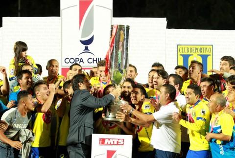 Universidad de Concepción consigue su segunda Copa Chile tras vencer a Palestino en dramática final