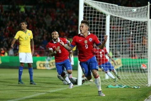 Chile ratificó su condición de mejor de América y venció a Brasil después de 15 años
