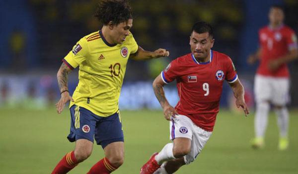 #LaRoja cayó ante su mayor rival directo: Colombia lo liquidó en el primer tiempo