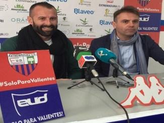 Toni Doblas presentado como nuevo portero del Extremadura UD