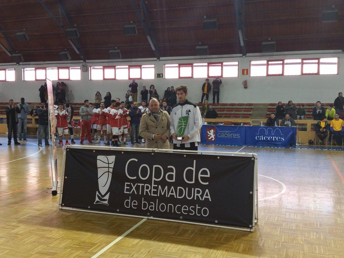 02 ADEPLA GASTROBAR CÁPARRA Campeón de la Copa de Extremadura