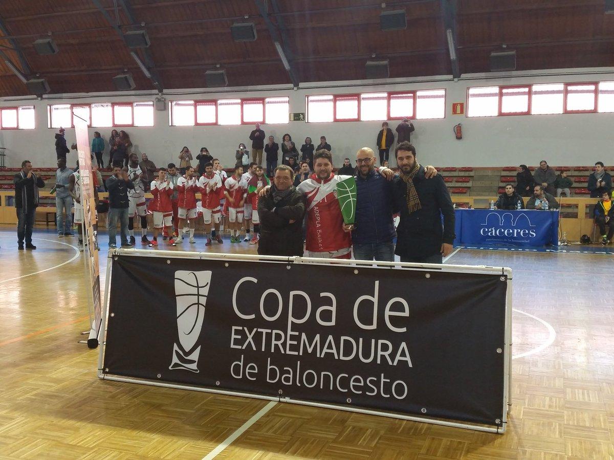 03 ADEPLA GASTROBAR CÁPARRA Campeón de la Copa de Extremadura