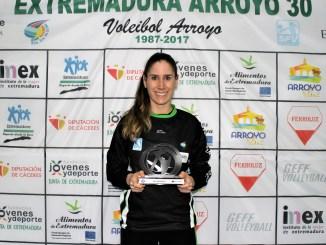 La colocadora Beatrix Meléndez-Pál, segunda renovación del Extremadura Arroyo para la temporada 2018-19
