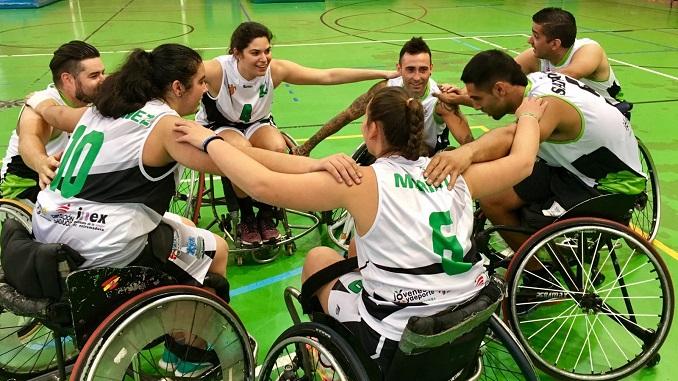 Batalyaws y Mideba se divierten en el amistoso sobre silla de ruedas