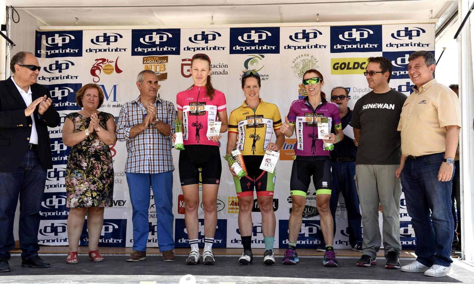 Rocío Martín más líder de Vuelta Andalucía MTB