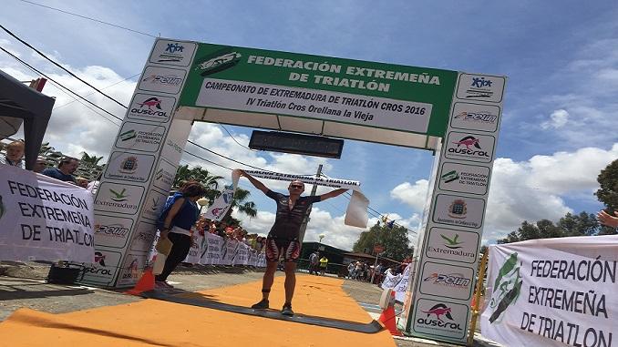 Diego Paredes_Orellana 2016 - Orellana albergará el Campeonato de Extremadura de Triatlón Cross
