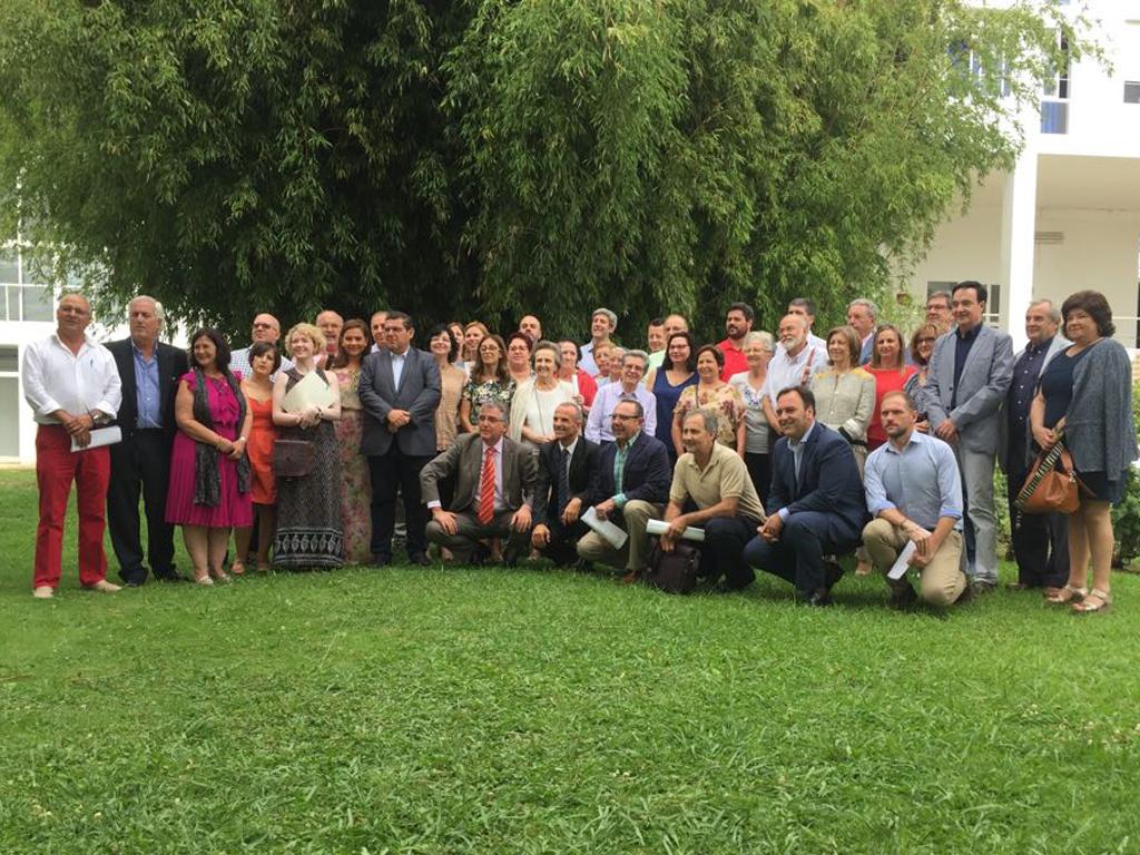 Fundación Ibercaja y Caja Badajoz, con las Escuelas Deportivas del Mideba Extremadura