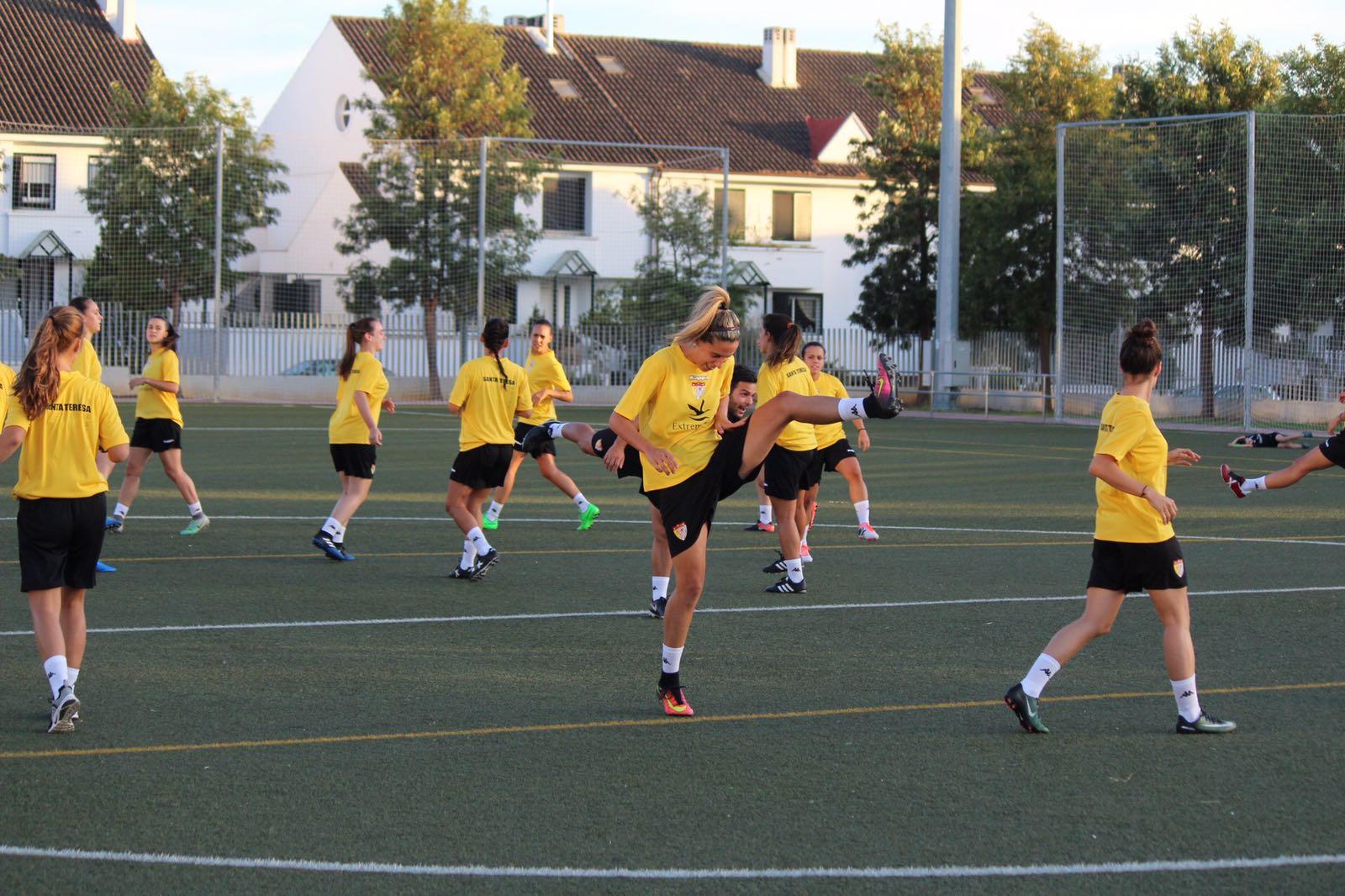 El Santa Teresa Badajoz inicia los entrenamientos y presenta a los fichajes (4)