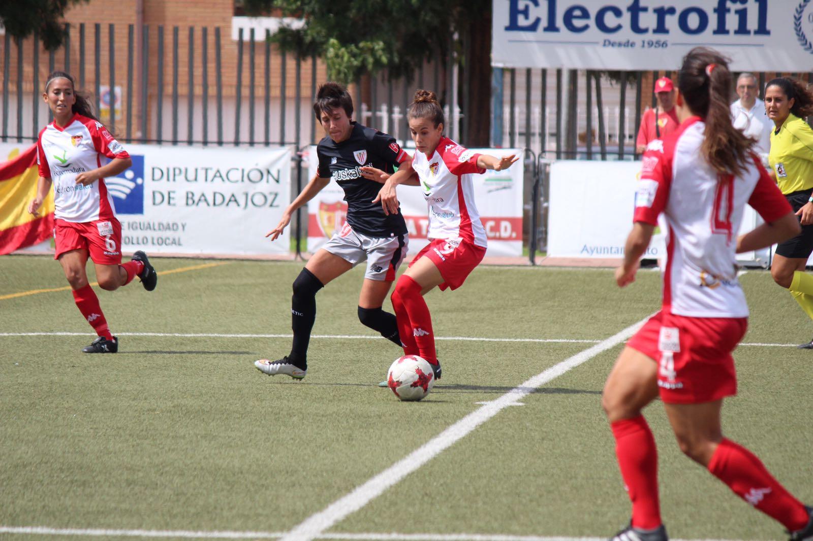Un Santa Teresa Badajoz superior cae por la mínima en el debut ante Athletic Club (2)
