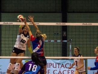El Extremadura Arroyo vence por 3-0 al Xuvenil Teis y sigue subiendo en la clasificación