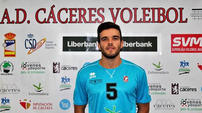 Rodrigo González baja en el Electrocash Extremadura CCPH