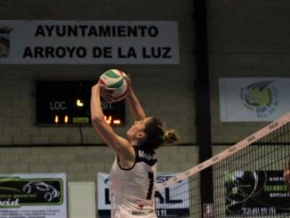 El Extremadura Arroyo pierde 3-0 con Zalaeta y el cuarto puesto de S2