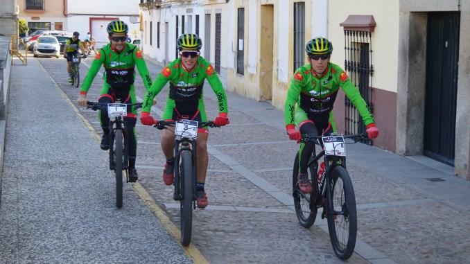 Dani_Manu_Pedro - Extremadura-Ecopilas debuta hoy en la Mediterranean Epic by Gaes