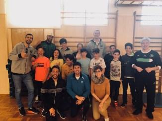 El Cáceres fomenta el deporte en el IES Javier García Téllez