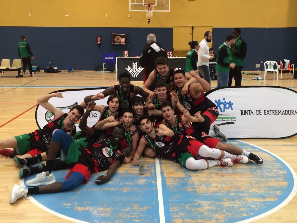 Junior Masculino San Antonio Campeón - San Antonio Cáceres Basket y Carnes Pizarro Miralvalle, Campeones Junior de Baloncesto