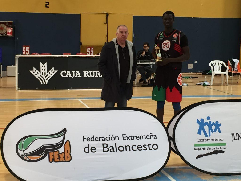 MVP Final Vieux Kasse - San Antonio Cáceres Basket y Carnes Pizarro Miralvalle, Campeones Junior de Baloncesto