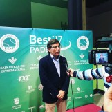 """El Club de Tenis Cabezarrubia reconocido como mejor """"Club de Pádel de Extremadura"""" (5)"""
