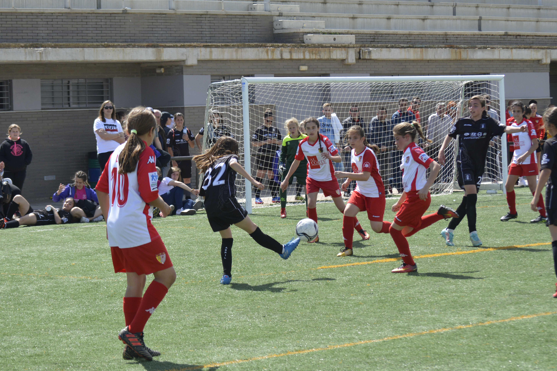 El fútbol femenino toma Badajoz con victoria de Real Betis y Santa Teresa Badajoz (4)