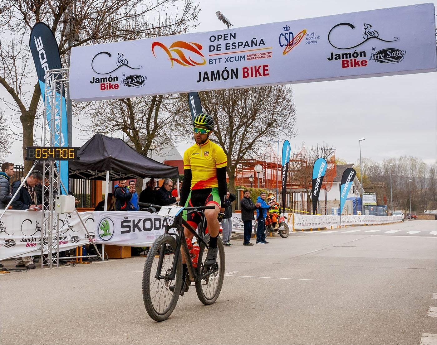 OpenEspXCUM_Jamon Bike_llegada Dani Carre