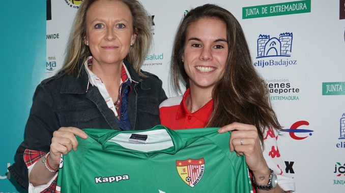Carla Gómez renueva con el Santa Teresa Badajoz