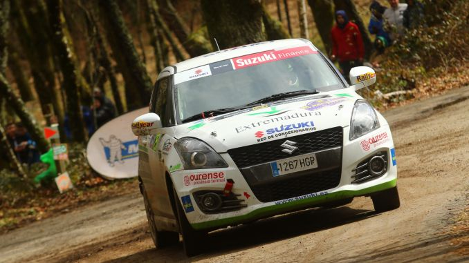 Una salida de pista impide corta la racha del Q Racing Extremadura en Ourense