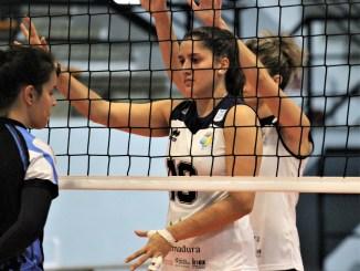 El Extremadura Arroyo renueva por una temporada más a la brasileña Isabela Quiuqui