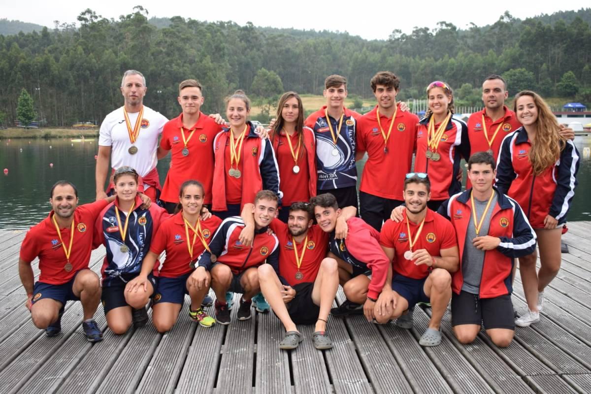 Lluvia de medallas para el piraguismo extremeño en el L Campeonato de España de Sprint